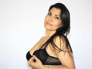LatinMelania nude